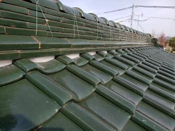 屋根瓦のメンテナンスも完了し、これで雨風も安心です!